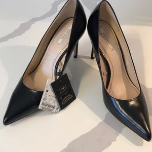 Zara black basic leather heels